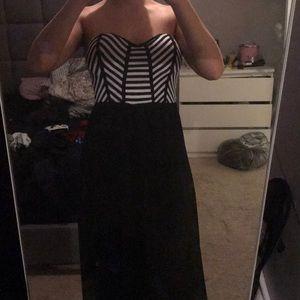 Dresses & Skirts - Black and White maxi dress